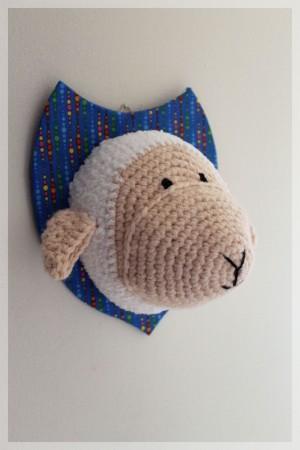 Mouton en crochet, par Et puis d'abord!