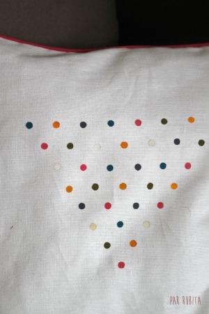 Par rubita // Coussin peinture textile